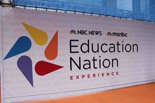 STEP003 - Custom Step & Repeat Banner for Education